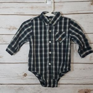 Gap Plaid One piece outfit Onesie Size 6-12 Months